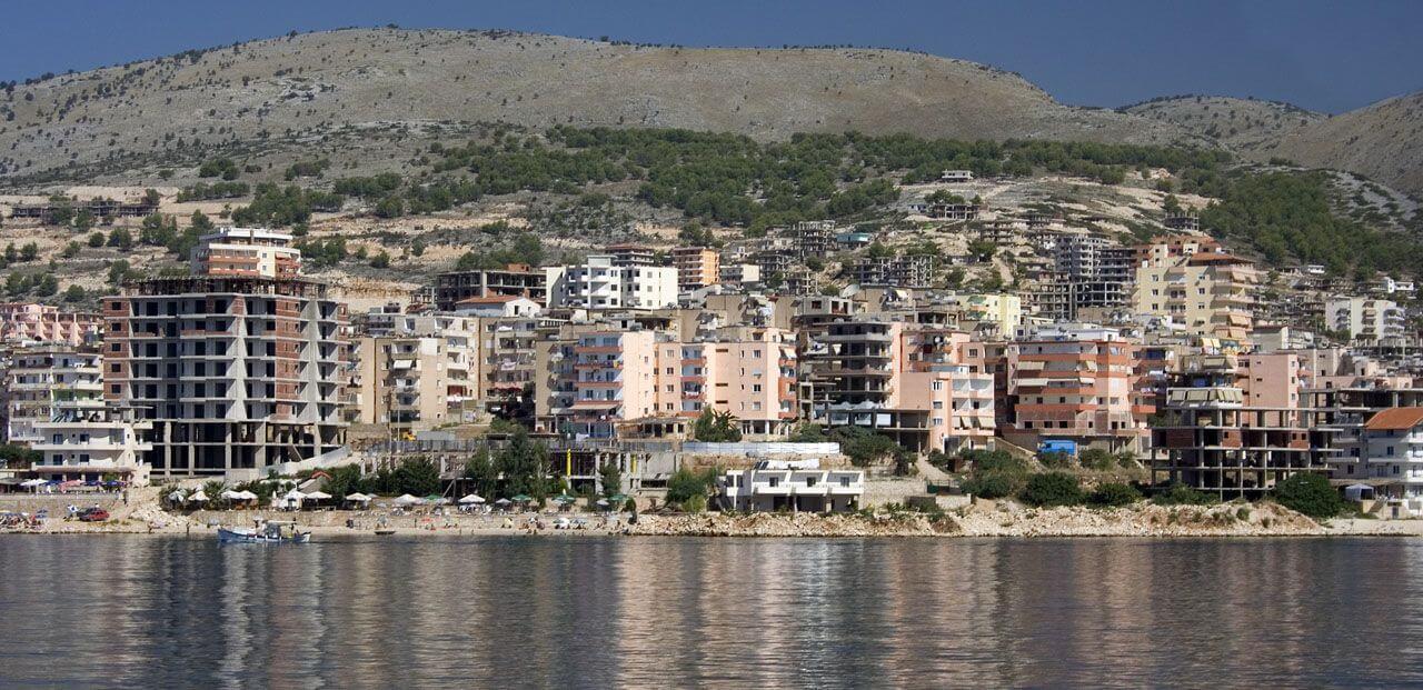 Brzeg Morza w Sarande - Albania