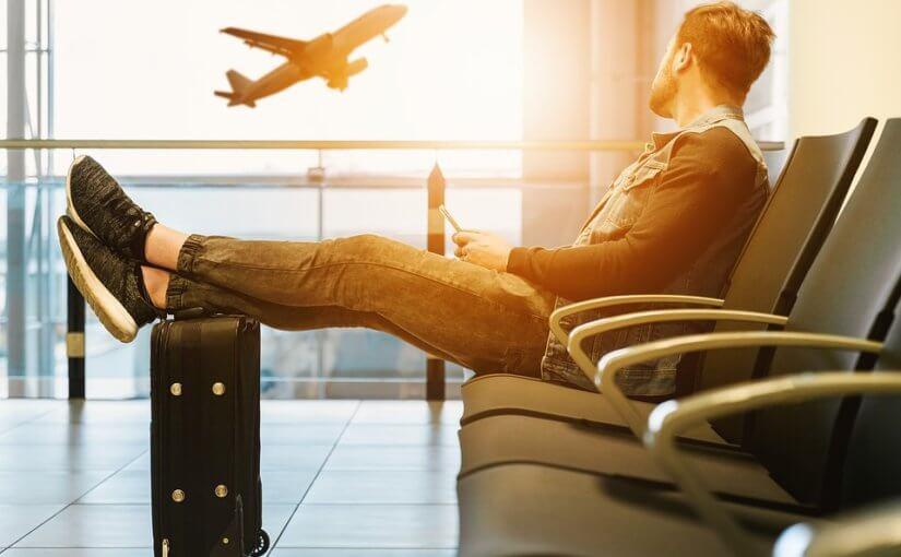 Co warto wiedzieć przed podróżą samolotem?