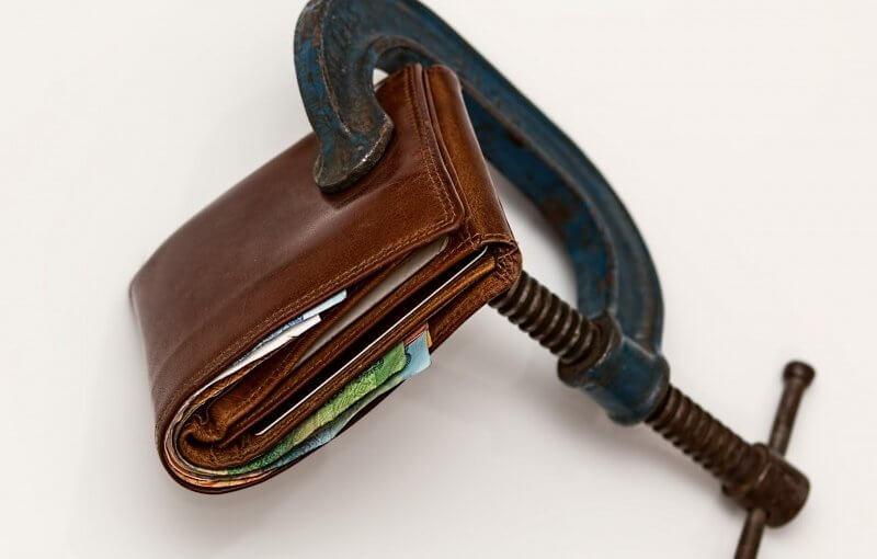 Ile pieniędzy przeznaczyć na wakacje?